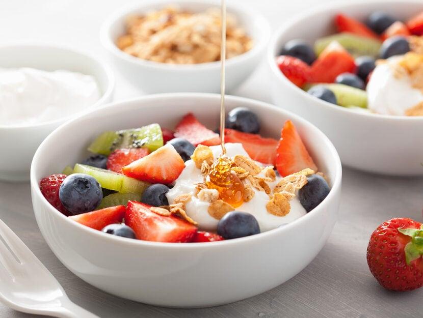 Fare colazione con la frutta fa bene: tante idee facili e gustose da  provare - Donna Moderna