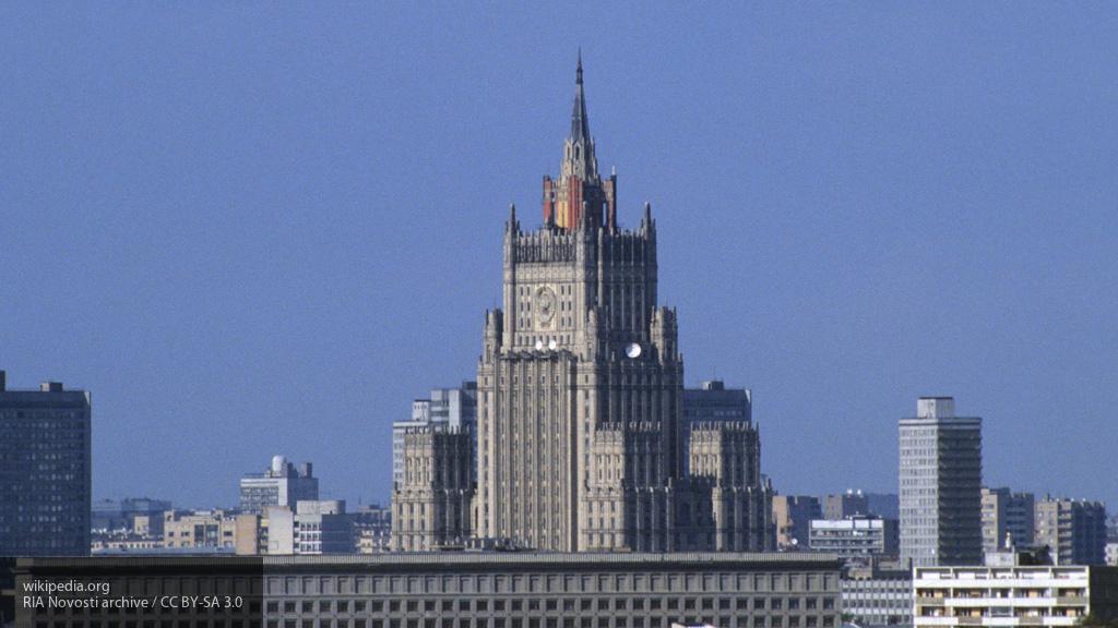 В МИД прокомментировали намерения США ограничить полеты военной авиации РФ