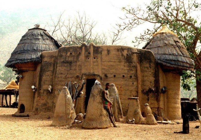 4. Характерные для африканской архитектуры соломенные крыши архитектура, африка, интересно, как живут люди, племена Африки, фото