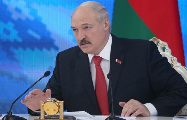 Кремль призвал Лукашенко решать проблемы сРоссией «вспокойной манере»