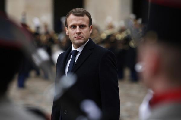 Франция угрожает нанести удар поскладам химоружия вСирии