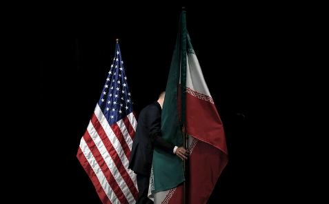 Иран отказался от международных расчетов в долларах и перешел на евро