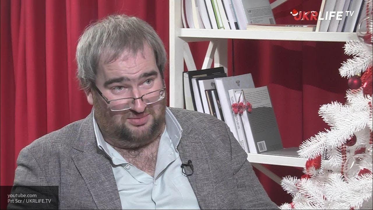 Корнейчук назвал первые признаки бегства Порошенко из страны