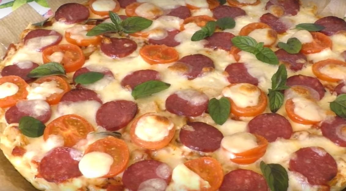 Пицца с основой из спагетти