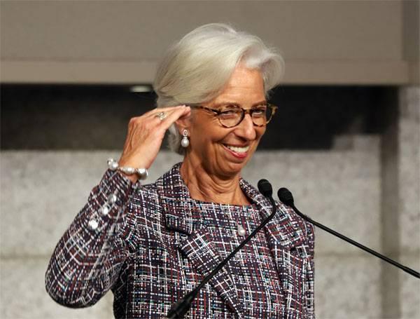 Минфин Украины: Сотрудничество с МВФ пока не обсуждается