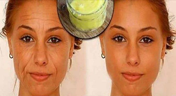 Пищевая сода поможет устранить пятна, морщины и темные круги под глазами.Отличное средство!