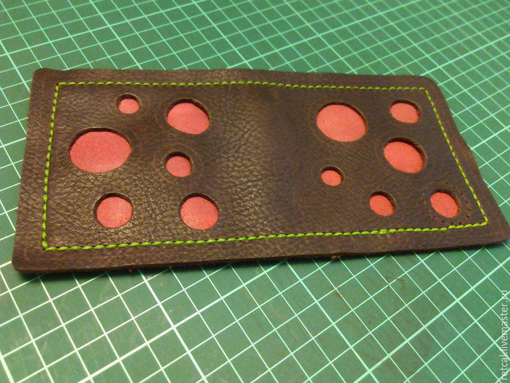 кошелек из кожи