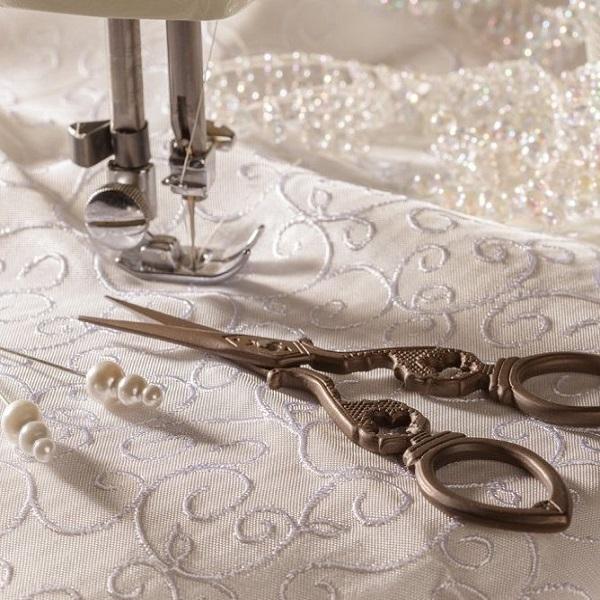 Сохраните память о дне свадьбы, превратив свое платье в кое-что необычное...