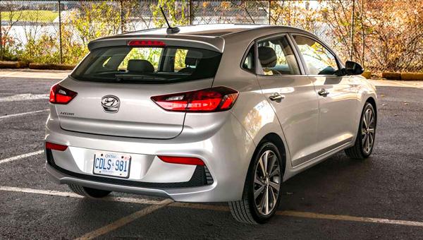 Hyundai рассекретила хэтчбек Solaris нового поколения