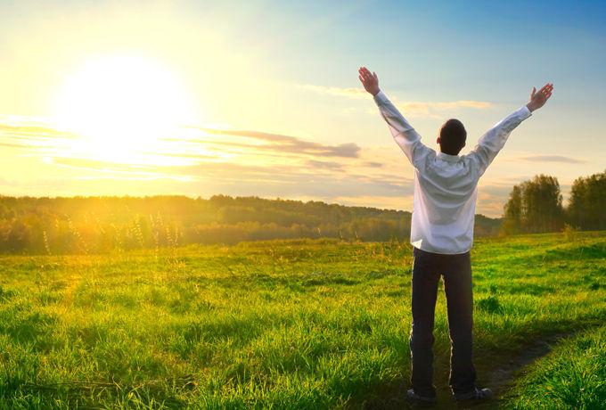 22 способа проснуться утром с новыми силами и зарядить себя позитивом на целый день.