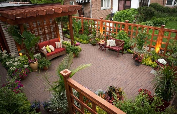20 идей обустройства маленького двора, которые превратят его в место чудесного отдыха. Если двор дома маленький — это еще не означает, что в нем нельзя как следует отдохнуть.