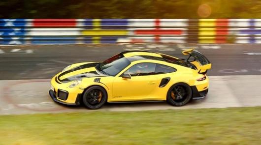 Десять самых быстрых серийных автомобилей на Нюрбургринге