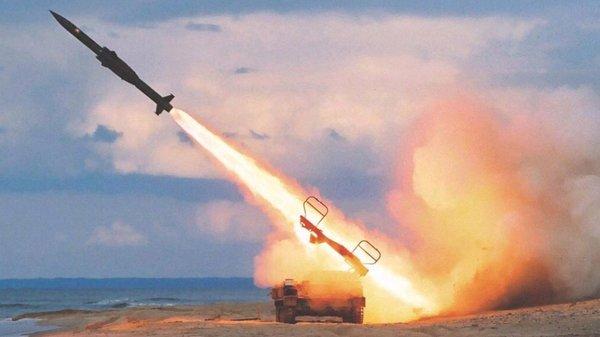 """Ракетный обстрел Сирии провалился: советские ПВО уничтожили """"Томагавки"""" США"""