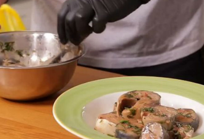 Гениальный рецепт вкусной скумбрии