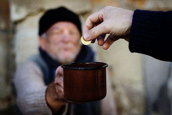 Небедные родственники Началовой просят помочь им материально у простых российских семей