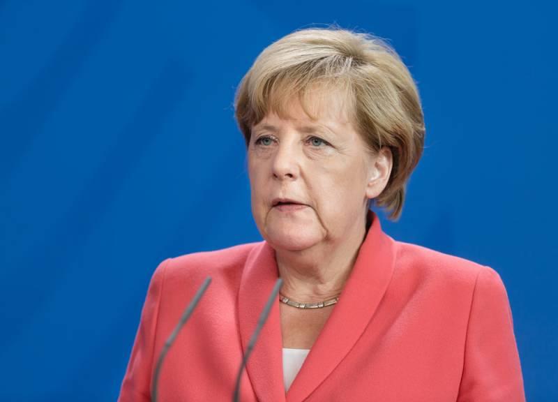 Меркель вновь вмешалась в ко…