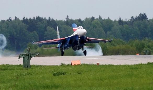 CNN сообщил о «непрофессиональном» перехвате Су-27 самолёта США над Балтикой