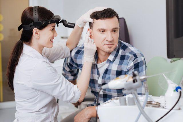 На какие болезни указывают проблемы с ушами