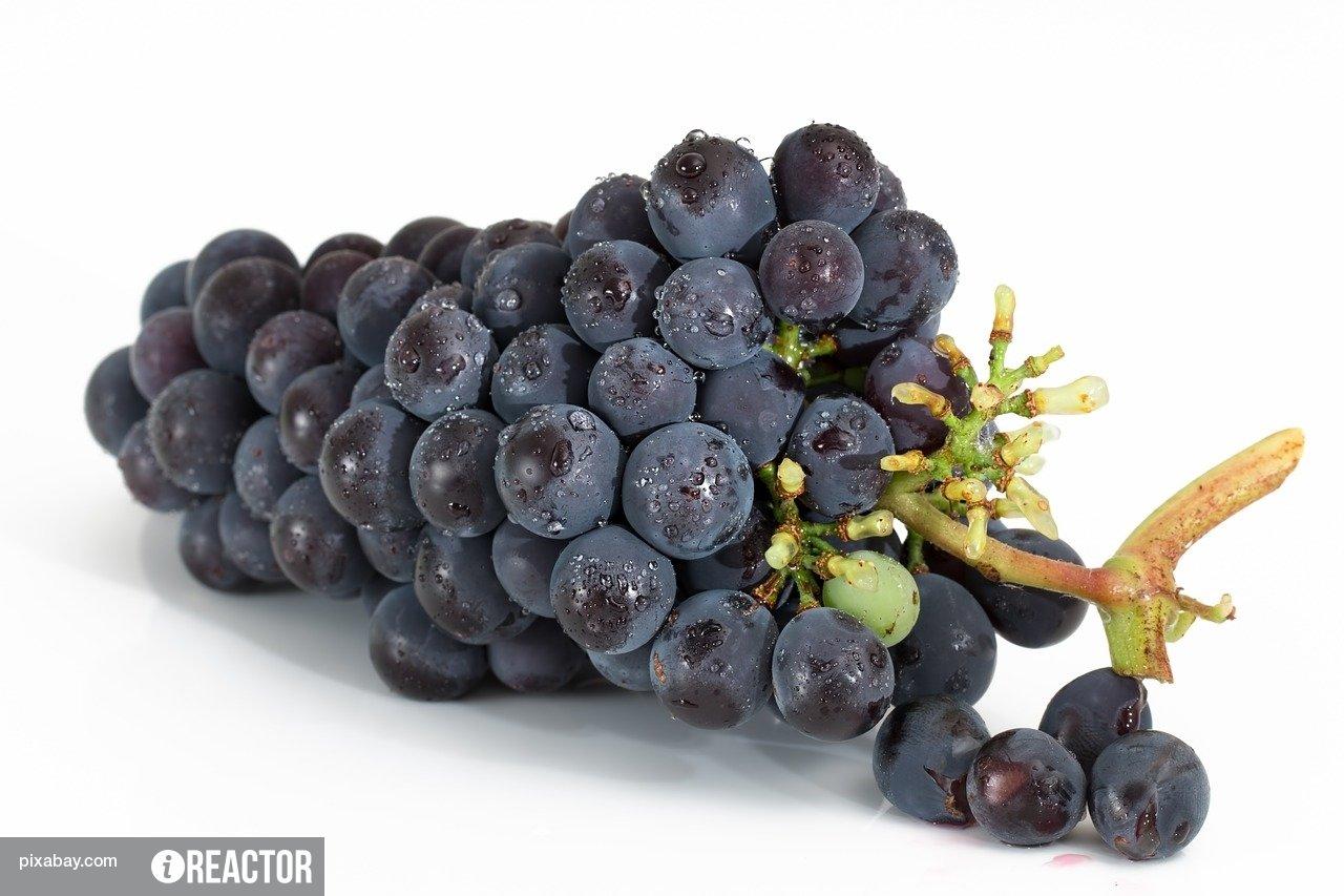 Учёные раскрыли секрет образования плазмы при разогревании винограда в микроволновке