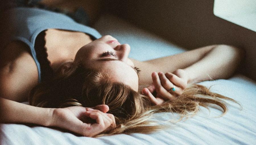Самая подходящая для сна поза
