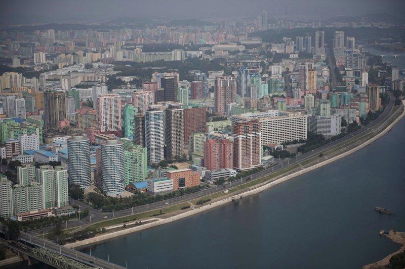 Пугающе пусто и завораживающе красиво: Пхеньян с воздуха в формате 360 градусов Арам Пан, Пхеньян, видео, красота, редкие кадры, с высоты, фотограф