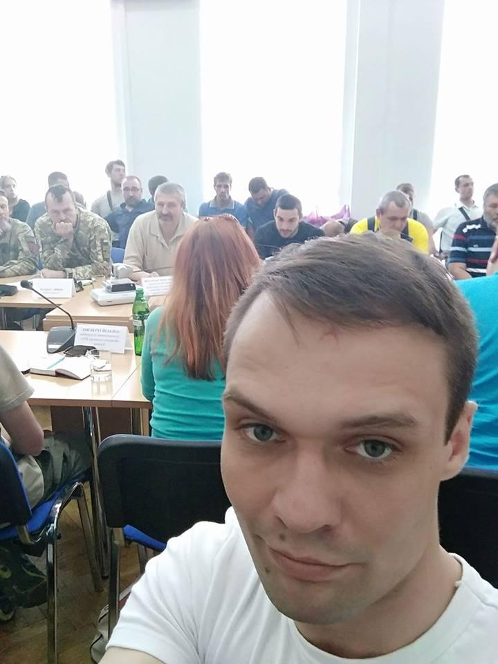 Скандальный киевский нацист возмутился тем, что Кабмин продолжает финансировать организацию «ватных» ветеранов