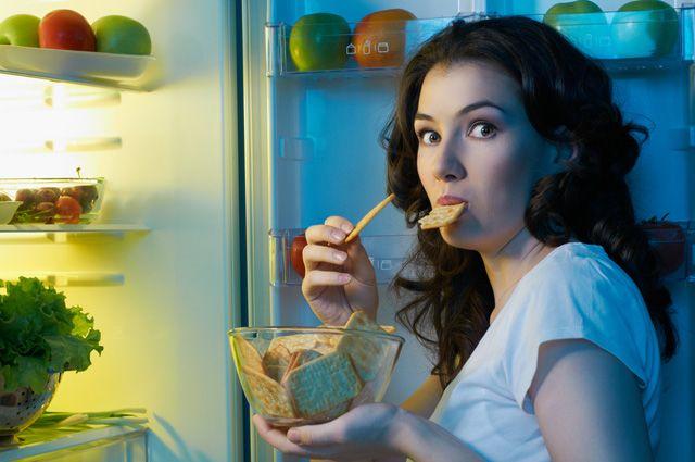 Йогурт вместо сладостей. Каким должен быть правильный ужин?