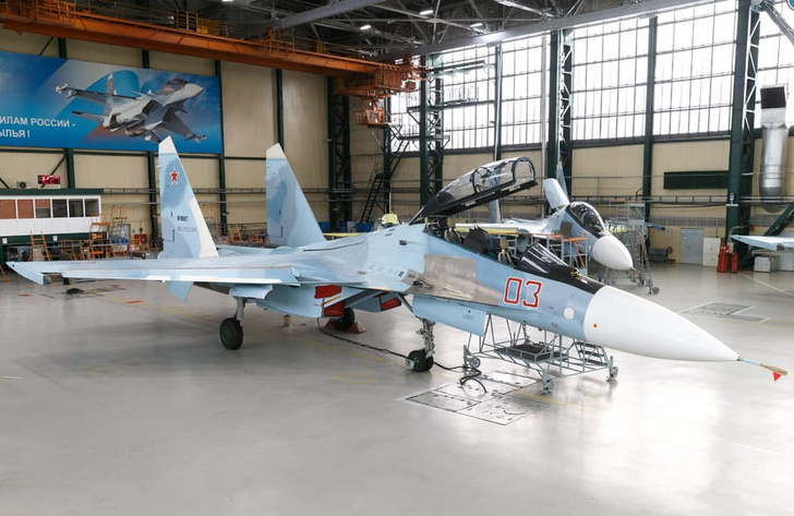 Передовая техника: в России впервые представили модернизированный Су-30СМ