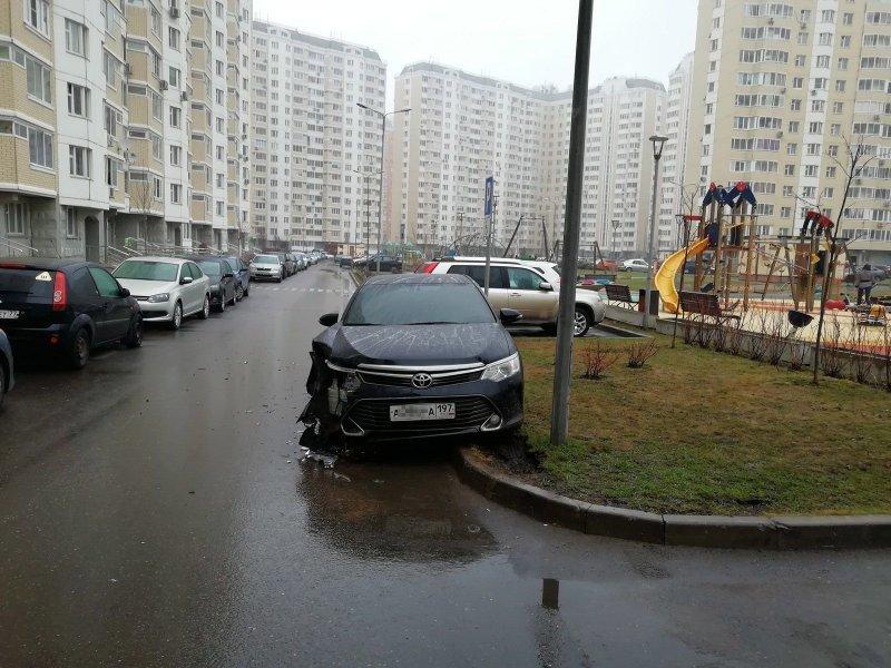 Карма настигла любителя парковаться где угодно