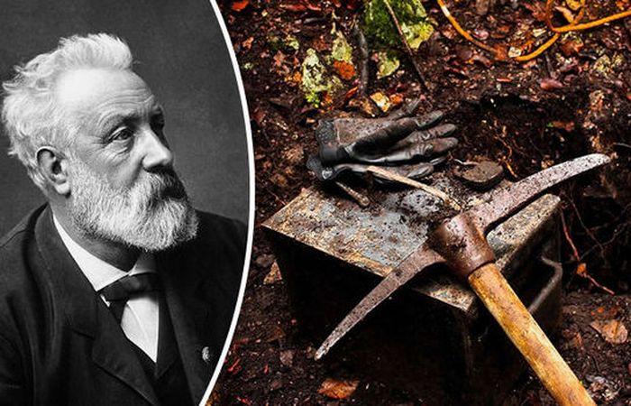 В ожидании чуда: французские археологи обнаружили капсулу времени, которая могла принадлежать Жюлю Верну