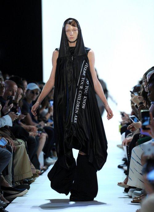 Что дизайнер Шейн Оливер предлагает носить молодёжи (23 фото)