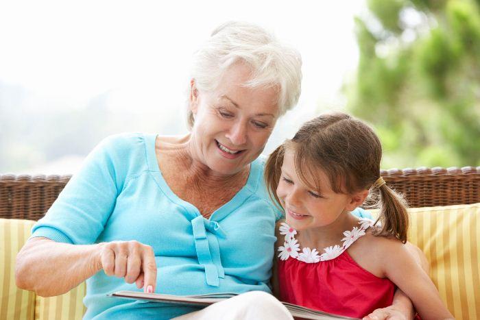 Кто позаботится о ребенке лучше, чем его собственная бабушка.