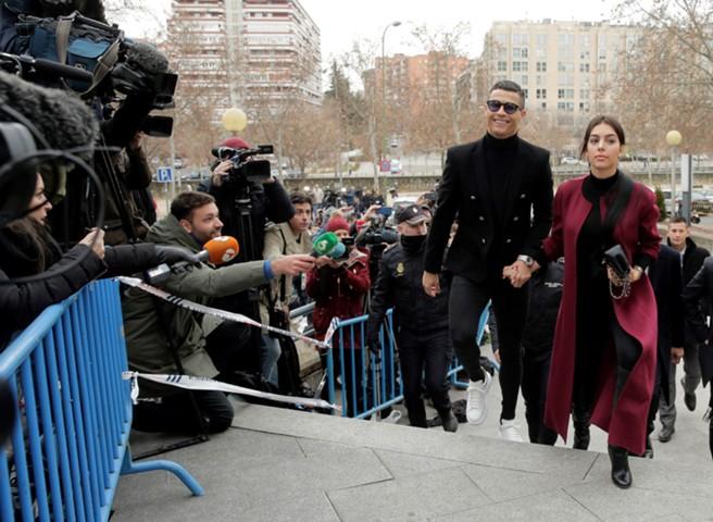 Роналду признал себя виновным в уклонении от уплаты налогов