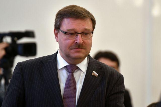 Косачев поздравил «Аргументы и факты» с 40-летним юбилеем
