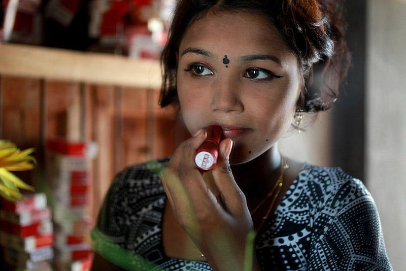 Украденное детство – девочки-проститутки из Бангладеш