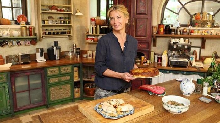 Юлия Высоцкая поделилась 3 простыми способами похудеть. Никаких диет, только…