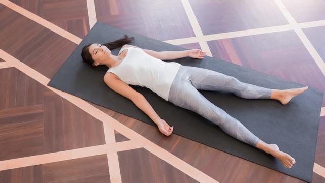 Вытягивание позвоночника перед сном — привейте себе эту очень полезную привычку!