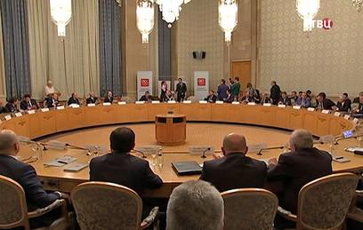 Путин поздравил коллектив ОСК с десятилетием корпорации