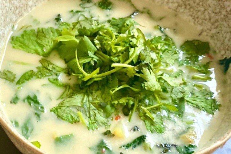 Суп с крапивой и молоком