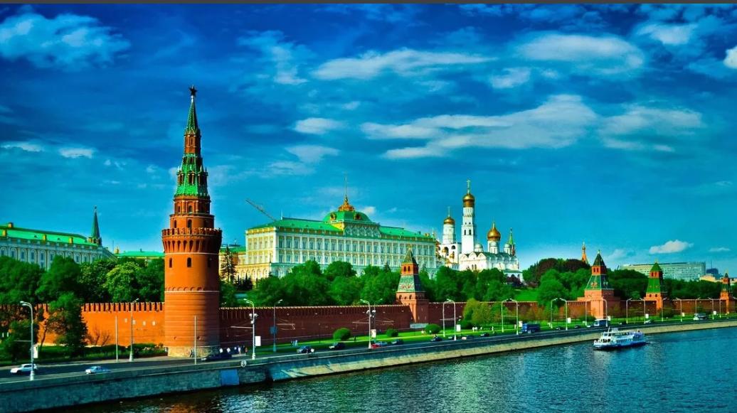 Навальный вбросил фото с разрушенным Кремлем