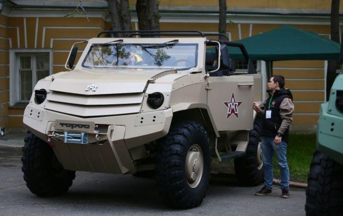 Футуристические российские броневики