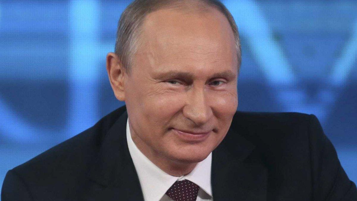 10 триллионов рублей направит Путин на улучшение ситуации в стране
