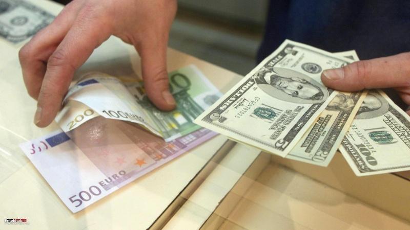 Иран отказался от доллара.