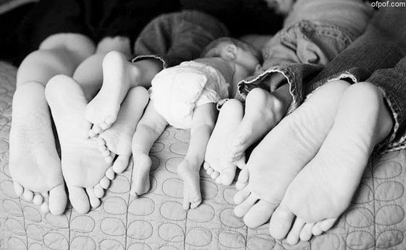 Почему у Homo sapiens пахнут ноги