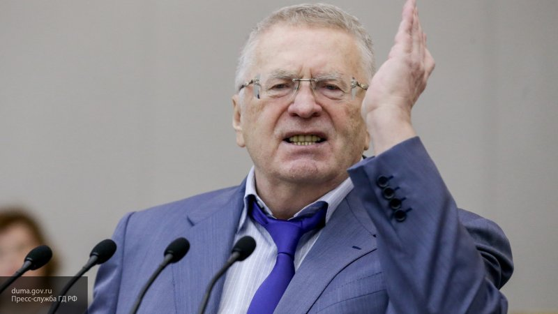 У вас только виски прокисшие остались: Жириновский ответил Европе в прямом эфире