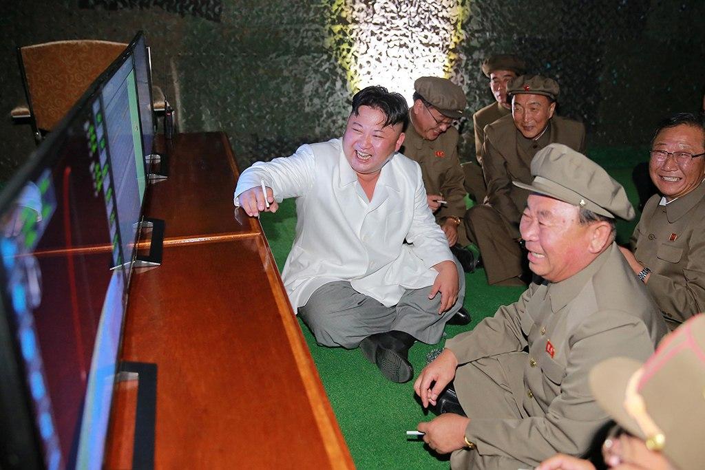 В КНДР чиновников публично расстреляли из зенитной установки