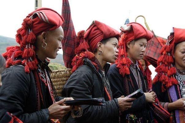 Вьетнам: Таинственные обычаи народности Красных ЗАО