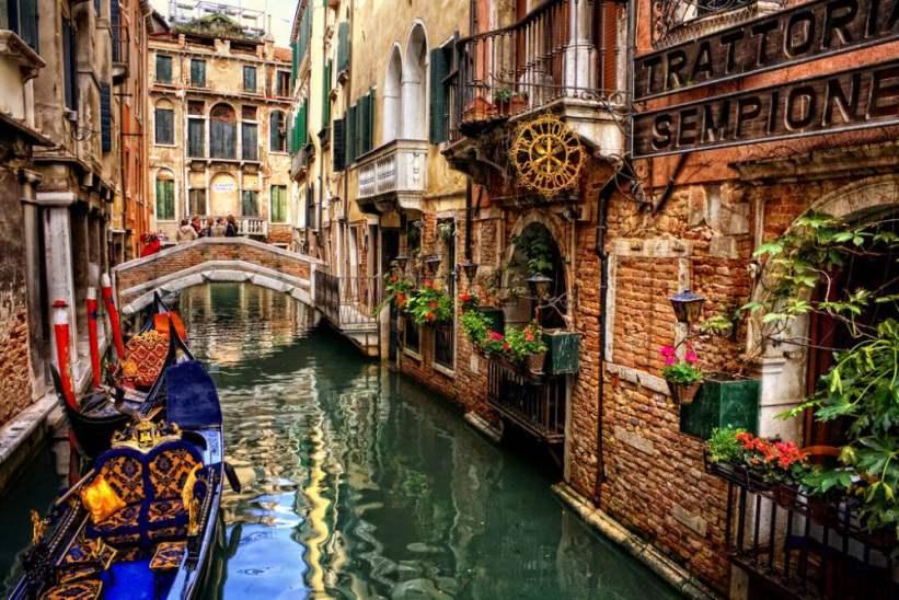 Обожаю эту песню! Тото Кутуньо-«Венеция»…