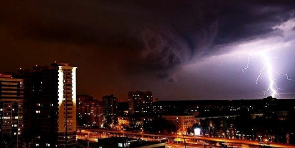 МЧС объявило штормовое предупреждение в 22 регионах России