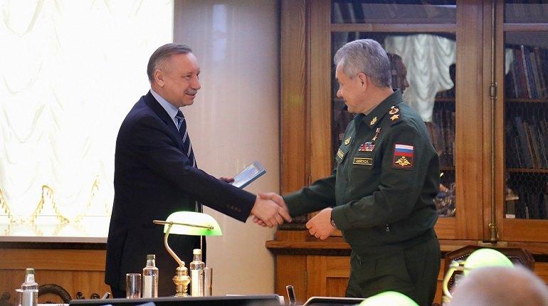Беглов обсудил с Шойгу перспективы создания кластера ВМФ в Петербурге